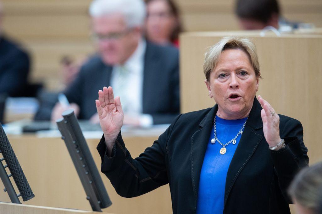 Cdu Herausforderin Eisenmann Will Die Karten 2021 Neu Mischen Man Kann Auch Kretschmann Schlagen News Esslinger Zeitung