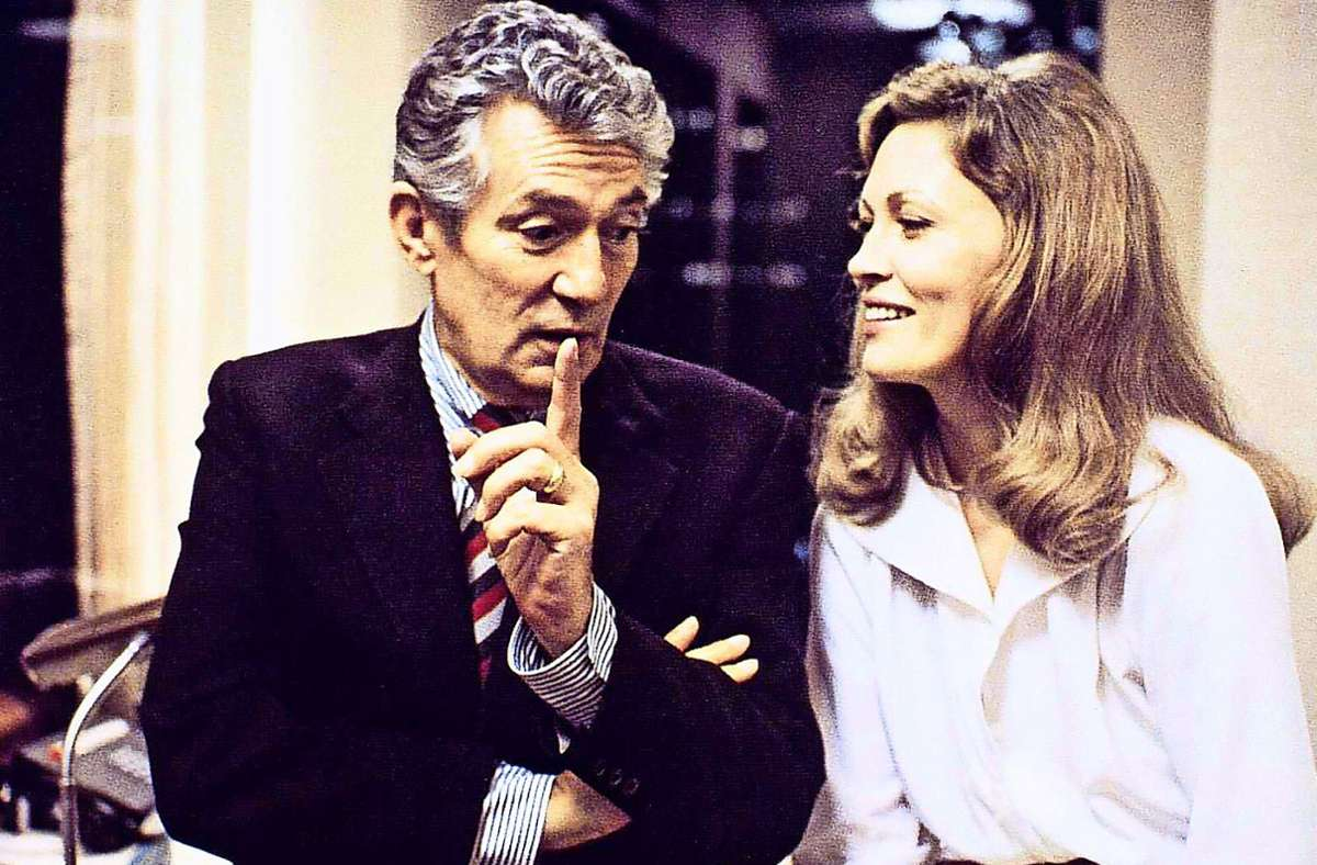 "Peter Finch und Faye Dunaway   in ""Network"" Foto: imago/United Archives"