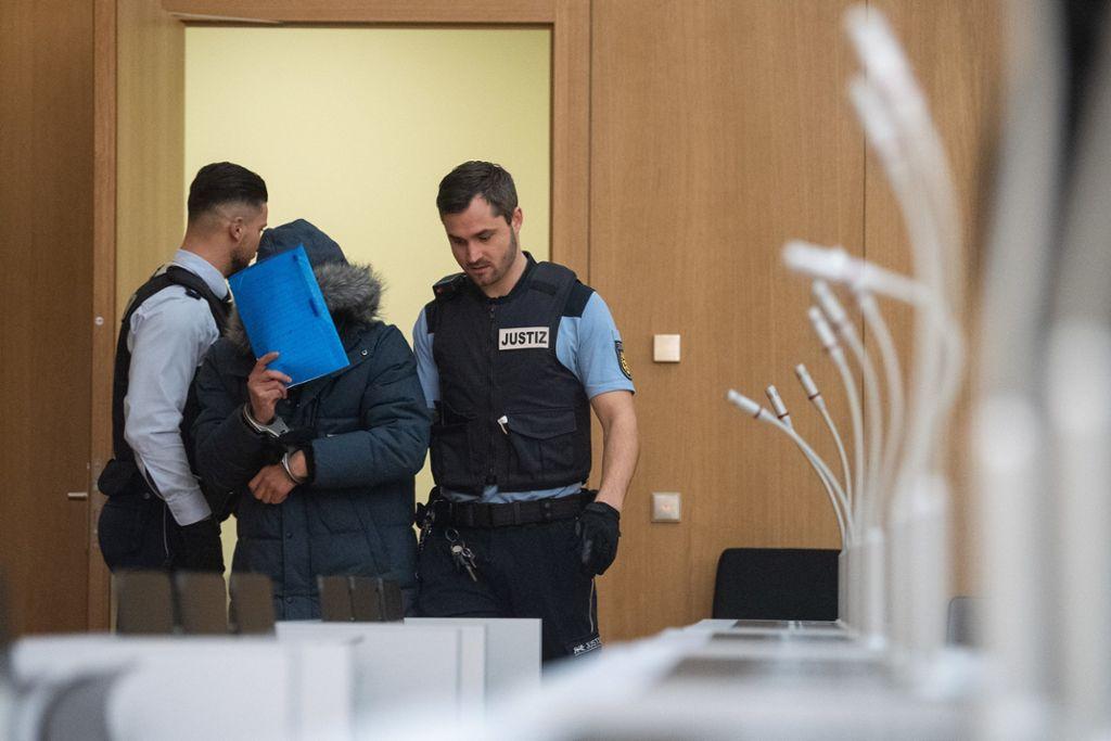 Senat Stellt Besondere Schwere Der Schuld Fest Lebenslang In Terror Prozess Nach Massaker Auf Syrischer Mullkippe News Esslinger Zeitung