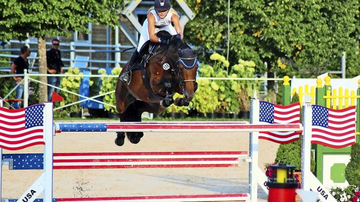Reitsport: Goldener Sprung
